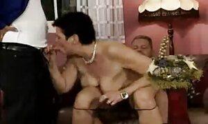 Venäläinen jättää porno nainen hänet.