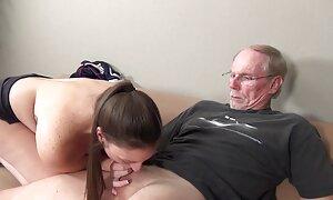 Minulla on apua seksuaaliseen jännitykseen. ilmaista pornoo