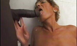 Milf jäi kiinni ja porno video seksi pääsi eroon jäsenestä.