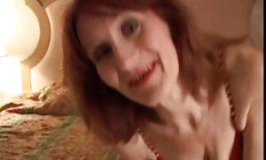 Tyttö pakotetaan erotiikkafilmit syömään Orja.