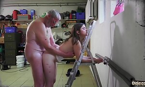 Tyttö Masha tissit sex blade