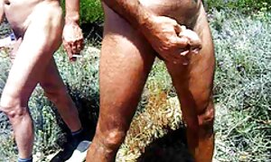 Munalintuäiti. eroottinen hieronta video