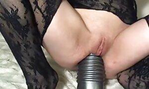 Tytöllä on Kolmen kimppa. sidonta porno